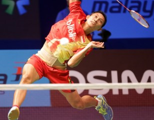 BWF World Superseries Finals 2013 – Day 1 – afternoon: 'Sony' Start for Kuncoro