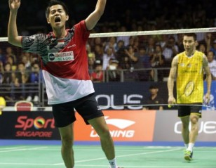 Singapore Open 2014 – Day 6: 'Sant'-sational Simon Crushes Lee Chong Wei