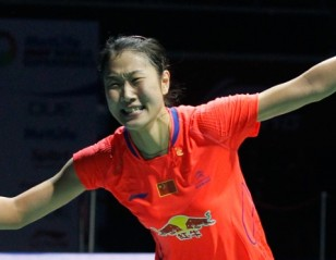 First Superseries Title for Momota, Sun Yu – OUE Singapore Open Finals