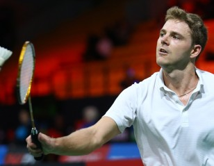 Leverdez Struggles With News of Tragedy