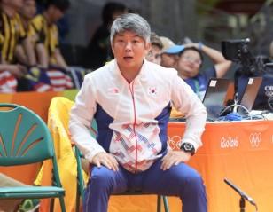 History Made as China Signs Up Korean Coaches