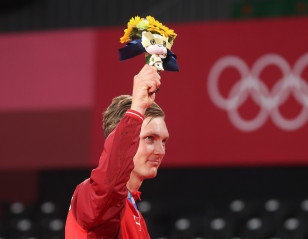 Olympic Gold, New Shirt and Royal Favour
